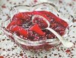 Варенье из спелой брусники и яблок